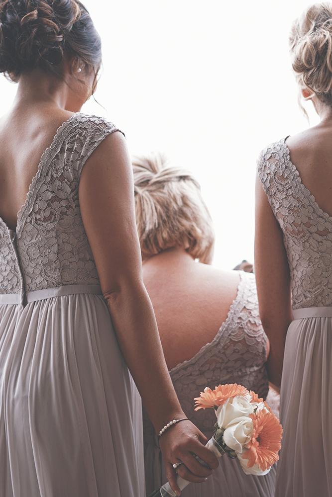 Brautkleider, Brautjungfernkleider, Abendmode