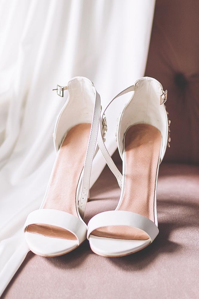 Brautkleider und Brautmoden Brautglanz